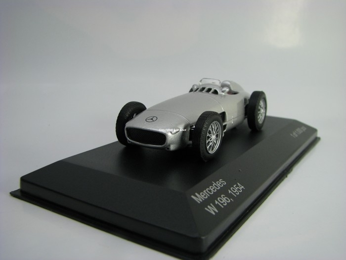 Mercedes W 196 1954 Silver 1:43 White Box